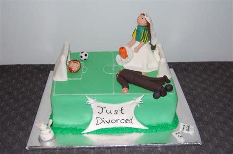 New Trend Alert Divorce Cakes by Divorce Cakes