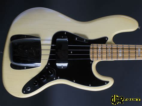 White Jazz Bass by Fender Jazz Bass 1977 Olympic White Bass For Sale Guitarpoint