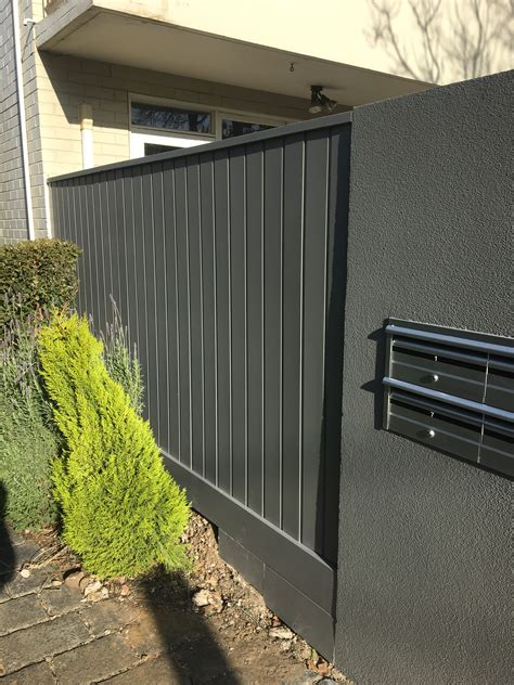 Shiplap Fence by Shiplap Fencing Top Class Fencing And Gates