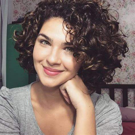 adorable hairstyles for curly short hair 2 yearolds women s cute short curly hairstyles for 2017 spring