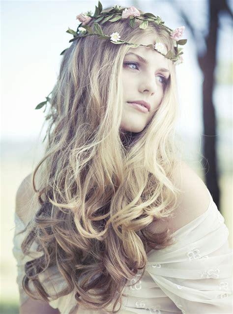 boho bridal hairstyles tulle chantilly wedding blog