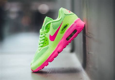 lime green and pink air max surfing news surfing