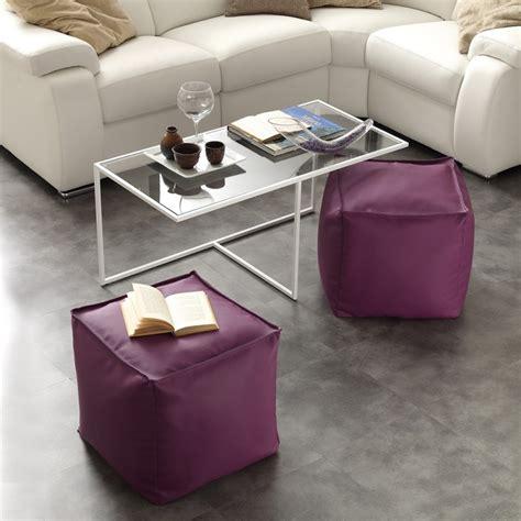 Tavolino Con Pouf by Tavolino Con Due Pouf Di Emergenza Inseriti Complementi