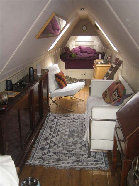 Cool Boat Interiors by 25 Best Ideas About Narrowboat Interiors On
