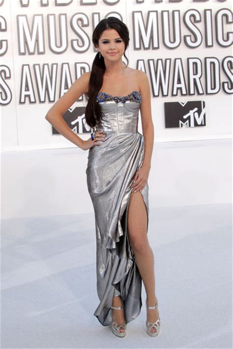 Guess Which Mtv Awards Presenter This Pair Of Stunners Belong To The Great Gam And The Gorgeous Studded Clutch by Photos Of Selena Gomez At The 2010 Mtv Awards