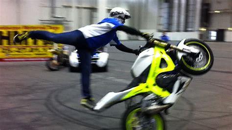Motorradmesse Ruhrgebiet by Stunt Shows Motorrad Tage In Den Messehallen Hamburg