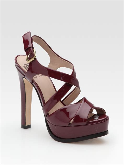burgundy sandals pour la victoire hiro patent leather platform sandals in