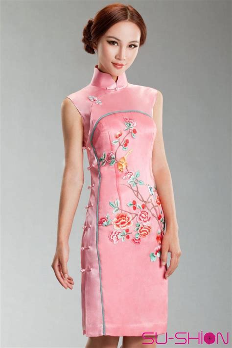 Dress Cheongsam Style pink silk with embroider cheongsam dress traditional qipao