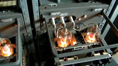 Lu Sorot 250 Watt Philips philips el6471 stereo part 3