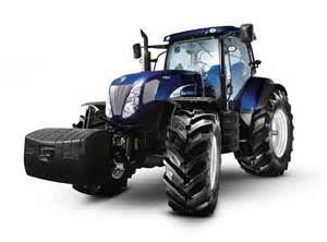 Home Design Expo 2017 new holland tractor of the year celebra con blue power