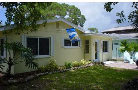 bungalows for sale in florida adorable florida bungalow for sale