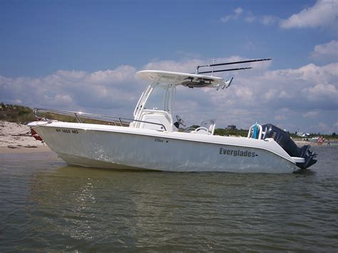 everglades boats for sale nc 21 everglades for sale or trade for 29 or 31 tiara