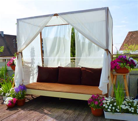 Outdoor Canopy Beds outdoor canopy bed romantic outdoor canopy beds romantic