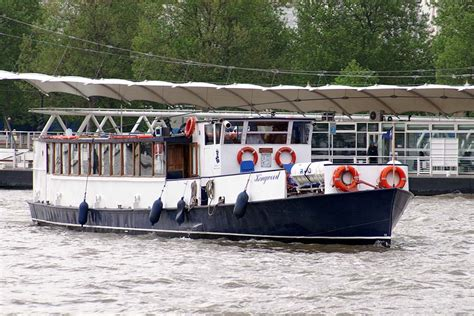 thames river boat functions kingwood river thames boat hire joseph mears king