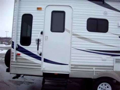 couchs rv crossroads zinger travel trailer 27 rl at couch s cers