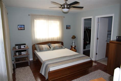 arranging a small bedroom arranging bedroom furniture in a small room photos and