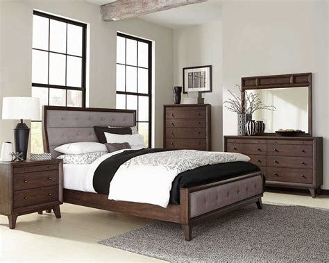 Bedroom Furniture For Less Coaster Bingham Upholstered Low Profile Bedroom Set Brown Oak B259 1 Bedroom Set At Homelement