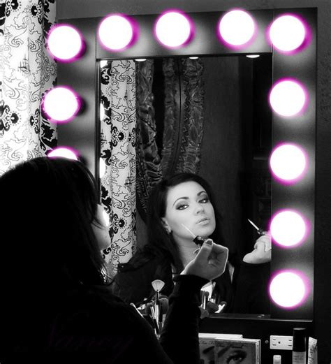 Vanity Broadway Mirror by Pin By Leslie Renfro On Makeup Room