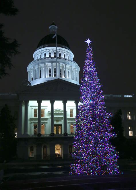 sacramento capital christmas decorations ap distributes style guide of terms
