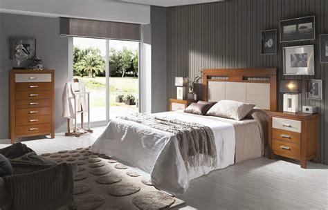 dormitorios fotos de dormitorios im genes de habitaciones y dormitorio de matrimonio cabecero copete y mesillas y