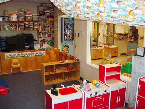 25 unique daycare room design ideas on