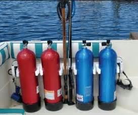 scuba tank holders for boat 56 best scuba images on pinterest diving scuba diving