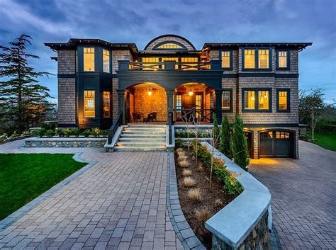 more great canadian design blogs house home canadian modern mansion reflected in a rich color pallet