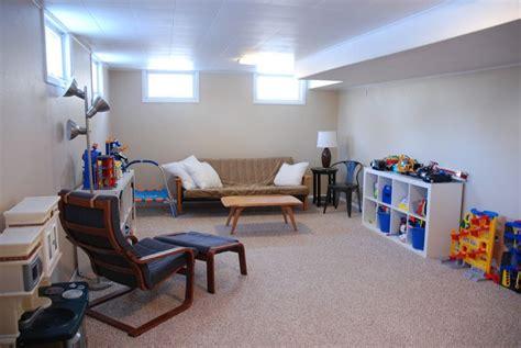 Basement Decorating Ideas On A Budget Basement Decor On A Budget Living Room Decor Ideas