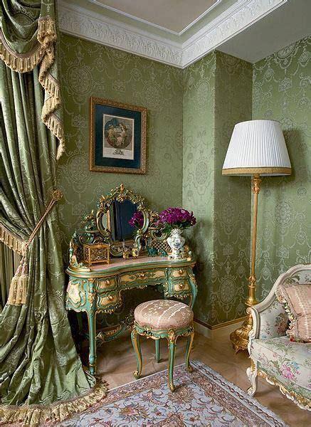 victorian decor  beige house
