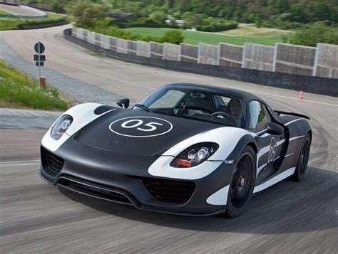 Porsche 918 Hybrid by Wordlesstech Porsche Shows 918 Spyder Hybrid
