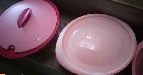 Tupperware Warna Pink beli tupperware set serveware warna pink