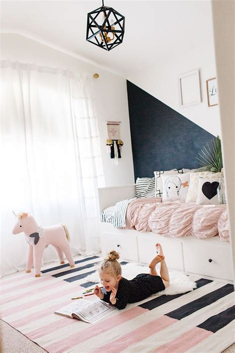 modern girl bedroom ideas best 25 modern girls bedrooms ideas on pinterest modern girls rooms teenage girl