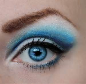 best eyeshadow color for blue 3 best eyeshadow colors for blue trusper