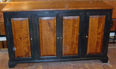 29 Best Imagining Black Doors On Maple Cabs Images On Painted Cabinets With Stained Doors