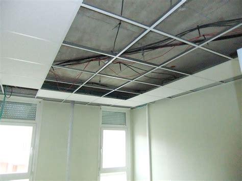 Rail Pour Faux Plafond by Faux Plafond Suspendu Leroy Merlin Simple Dalle De