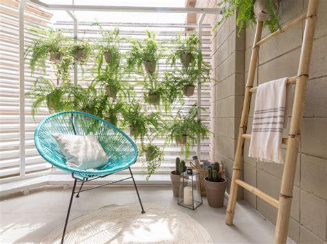 patio interior en un piso un piso con planta hexagonal nuevo estilo