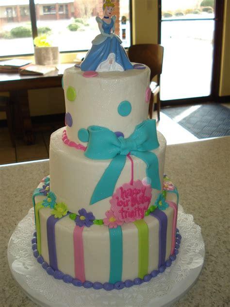 cinderella cakes decoration ideas  birthday cakes