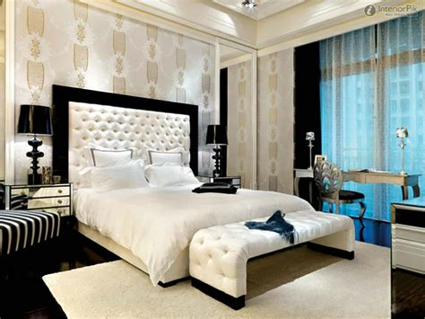 contemporary master bedroom decorating ideas les papiers peints en tant que d 233 coration chambre cr 233 ative