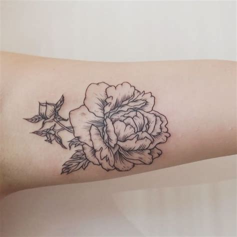 rose inner arm tattoo inner bicep peony tattoos peonies
