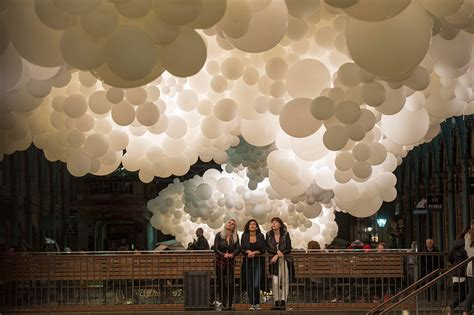 100 000 white balloons create clouds in covent garden the kid should see this