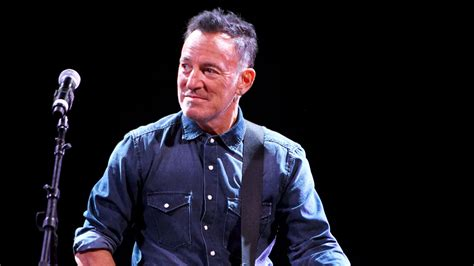 bruce springsteen verified fan bruce springsteen broadway run extended by 10 weeks variety