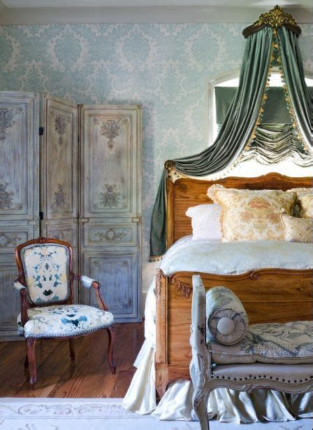 Country Bedroom Ideas On A Budget 17 Best Ideas About Antique Bedroom Decor On Guest Bedroom Decor Stands And
