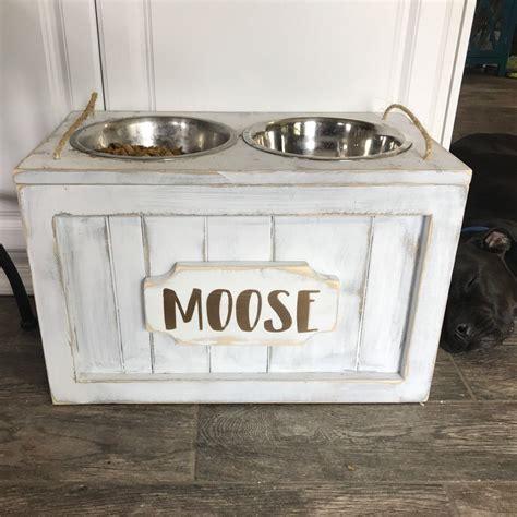 remodelaholic diy dog food bowl stand for small pups rustic raised dog bowls with a name plaque so adorable