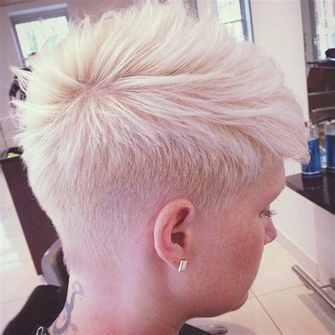 pixie cut with razor comb 122 best images about hair on pinterest over 50 bangs