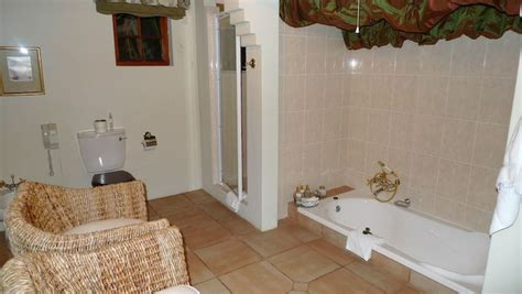 Leveling A Bathtub by Floor Level Bathtub Bathroom Ideas