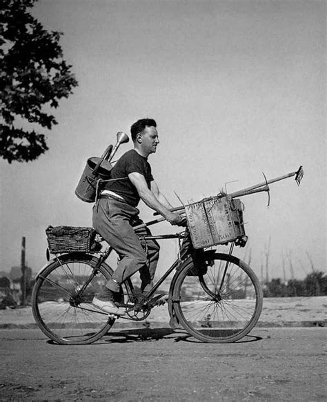doisneau taschen icons two wheels paris and doisneau s lens cyclestuff