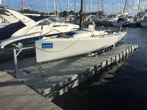 j dock boats drysail v2 a new system for modern day lifting keel