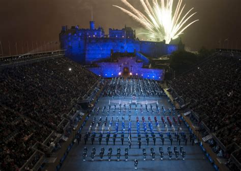 edinburgh tattoo by rail northern belle london to edinburgh discover britain