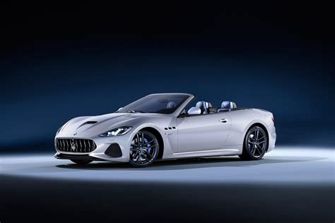 custom maserati granturismo convertible maserati unveils their stunning new granturismo coupe and