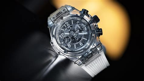 Hublot Transparan hublot created this transparent using